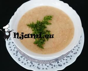 Zdrobova-juha-s-korenčkom-1024x819