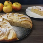 Jabolčni kolač s cimetom